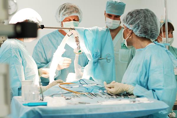 """Результат пошуку зображень за запитом """"пластичні хірурги"""""""